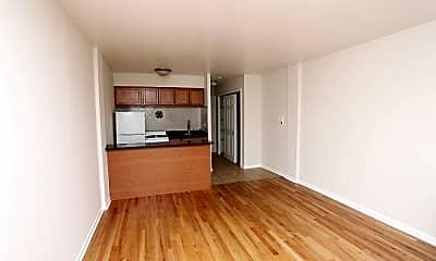 Living Room, 5847 N Winthrop Ave, 1