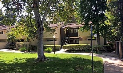 Sullivan Manor, 0