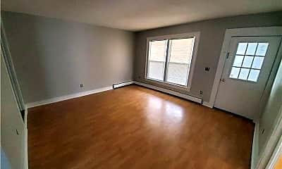 Living Room, 280 Main St, 1