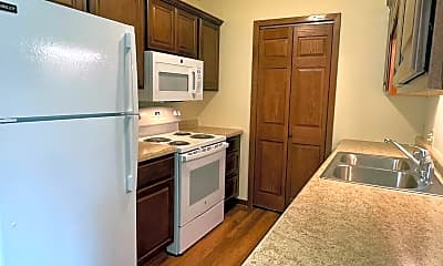 Kitchen, 740-746 Mansfield Ct, 0