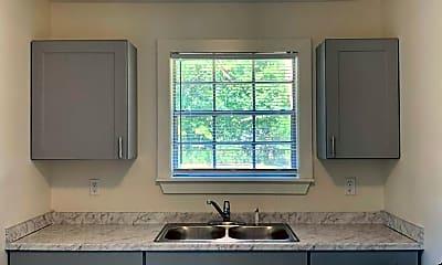 Kitchen, 409 Walnut St, 2