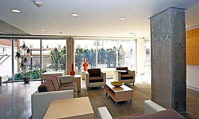 Apartments At 1220, 2