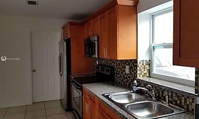 Kitchen, 1031 SW 93rd Pl 1, 0