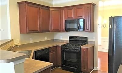 Kitchen, 124 Fining Court, 1