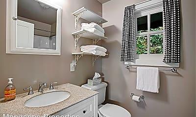 Bathroom, 610 E Pedregosa St, 2