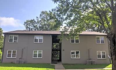 Building, 560 Marlin St, 1