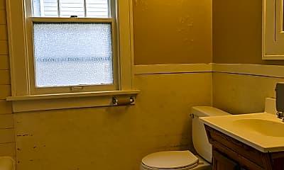 Bathroom, 2241 8th St, 2