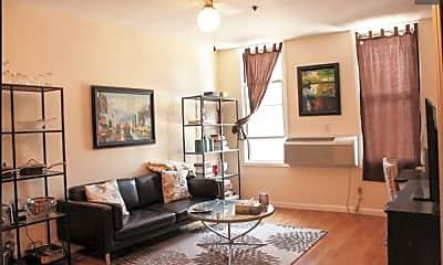 Living Room, 400 Jefferson St 2, 0