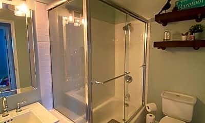Bathroom, 242 Jasmine St, 2