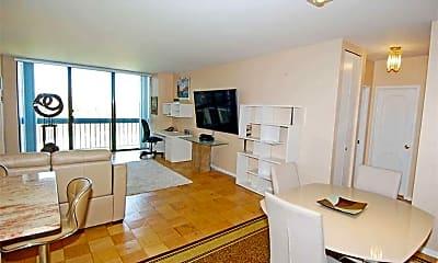 Kitchen, 271-10 Grand Central Pkwy 8Y, 1