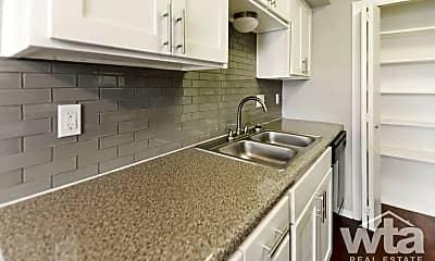 Kitchen, 2005 Willow Creek, 2