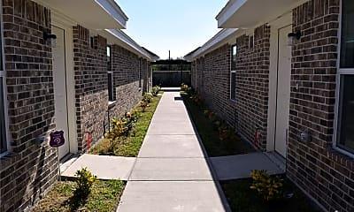 Patio / Deck, 2802 Primrose Ave 4, 1