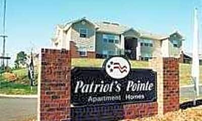 Patriot's Pointe, 0