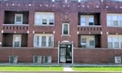 Building, 1655 W 61st St, 0