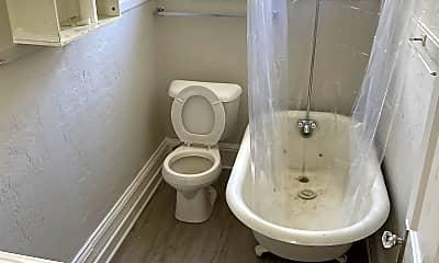 Bathroom, 714 Vine St, 0