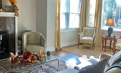 Living Room, 4225 N Bell Ave, 2