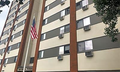Centennial Towers, 0