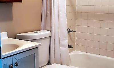 Bathroom, 27980 Hanover Blvd, 2