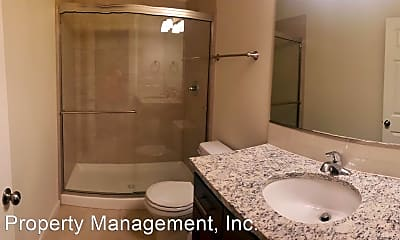 Bathroom, 956 S Gaines St, 2