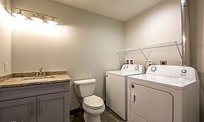 Bathroom, 490 Pearl St, 2