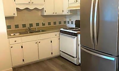 Kitchen, 4336 Lindenwood Dr, 1