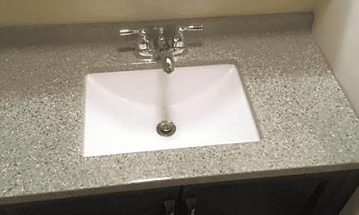 Bathroom, 2437 Spring St, 2