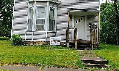 Building, 528 S Warren Ave, 2