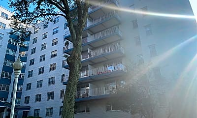 Wedgewood Apartments, 2