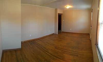 Living Room, 3 E Main St, 1
