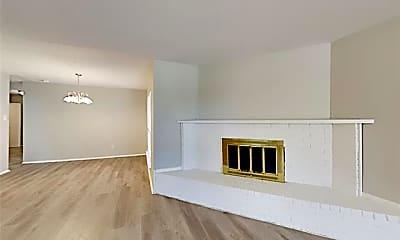 Living Room, 1230 Meadow Creek Dr, 1