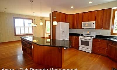Kitchen, 207 Purple Leaf Pl, 1