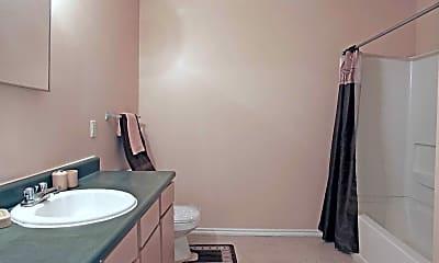Bathroom, Greenview Estates, 2