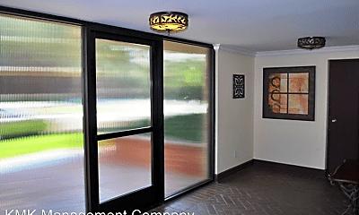 Living Room, 3709 Watseka Ave, 0