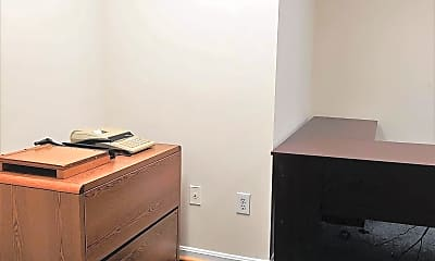 Bedroom, 6328 Catlett Rd, 2