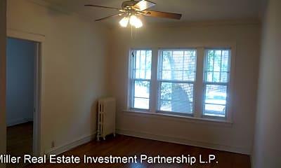 Bedroom, 3504 N Wolcott Ave, 1