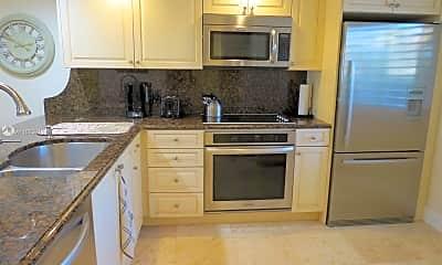 Kitchen, 1501 Marina Isle Way 105, 1