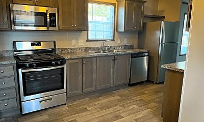Kitchen, 276 Laurel Leah, 1