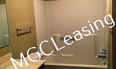 Bathroom, 1558 E 125th St Apt B, 0