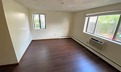 Living Room, 765 Somerville Ave, 0