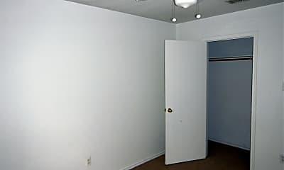 Bedroom, 1706 Benttree Dr Apt B, 1
