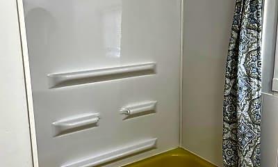 Bathroom, 501 S Sunset St, 2