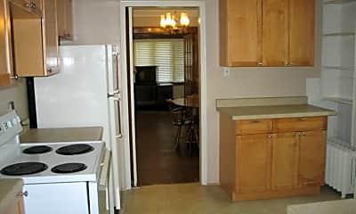 Kitchen, 631 E 400 N, 1