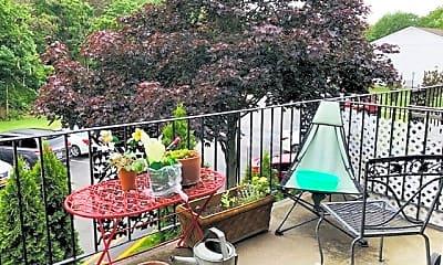 Patio / Deck, 4001 Wilshire Ln, 2