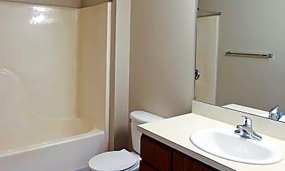 Bathroom, Ravenna Woods Apartments, 2