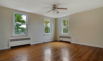 Living Room, 590 Palisade Ave 3, 0