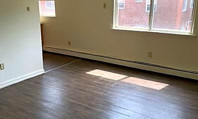 Living Room, 285 Westland St, 1
