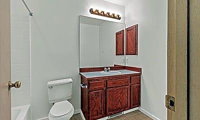 Bathroom, 801 23RD AVE S, 1