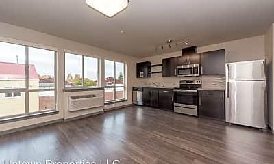 Living Room, 5885 S Macadam Ave, 0