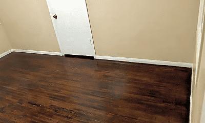 Bedroom, 1102 Dawson Ave, 2