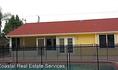 Building, 1374 SW Hunnicut Ave, 2